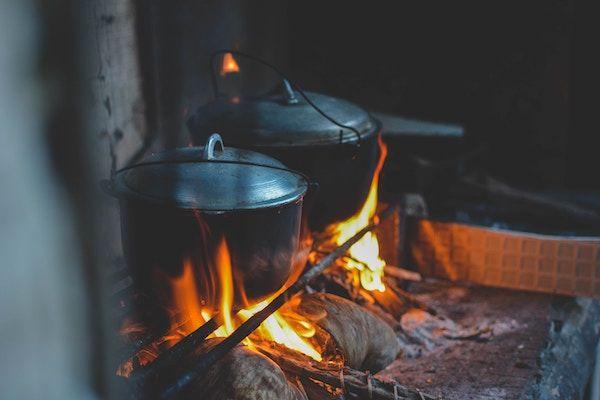 Maag is een kookpot